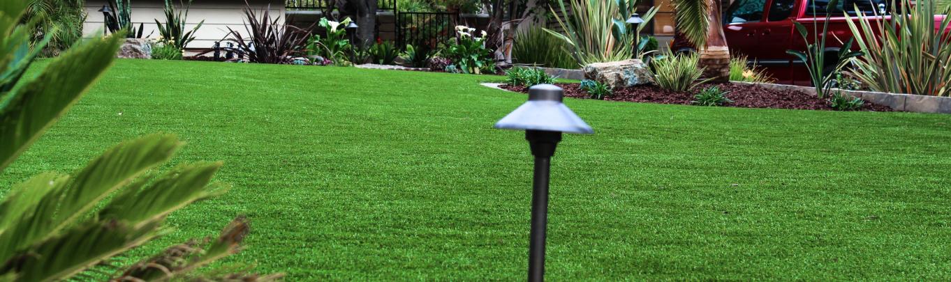 Pogg-Artificial-Grass-e1432716223911